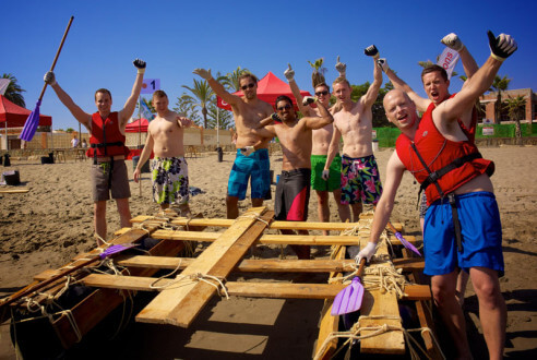 construccion-de-balsas-team-building-playa-exploramas-5