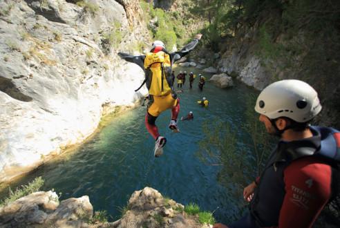 canyoning-barranquismo-aventuras-en-almunecar-exploramas-1